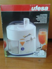 Соковыжималка Ufesa LC-50005